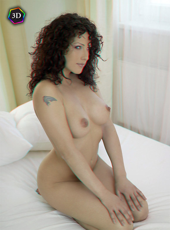 horny-girl-having-fun-naked-in-bed-in-stereo-3d
