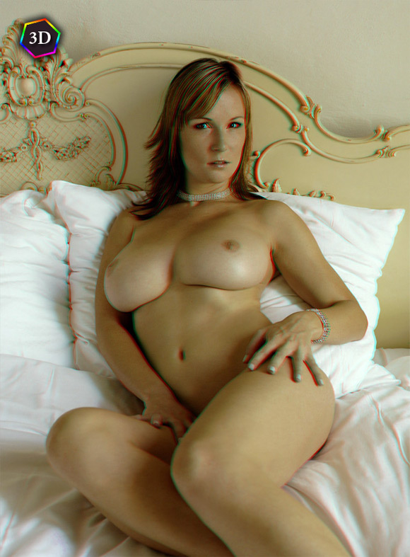 hot-busty-girl-naked-in-bed-in-stereo-3d