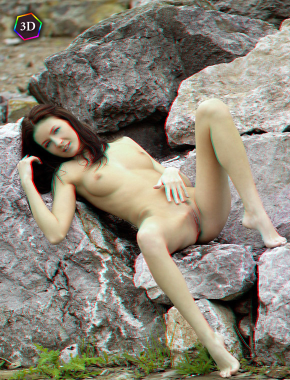 sexy-nude-girl-lying-naked-outdoors-stereo-3d