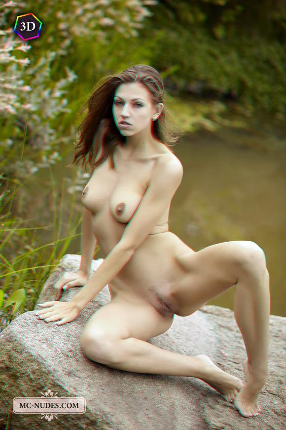 hot-nature-loving-girl-naked-outdoors-in-stereo-3d